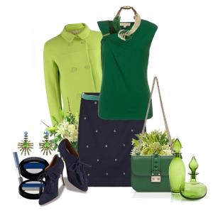 С чем носить синие ботильоны: зеленый топ и зеленая сумка